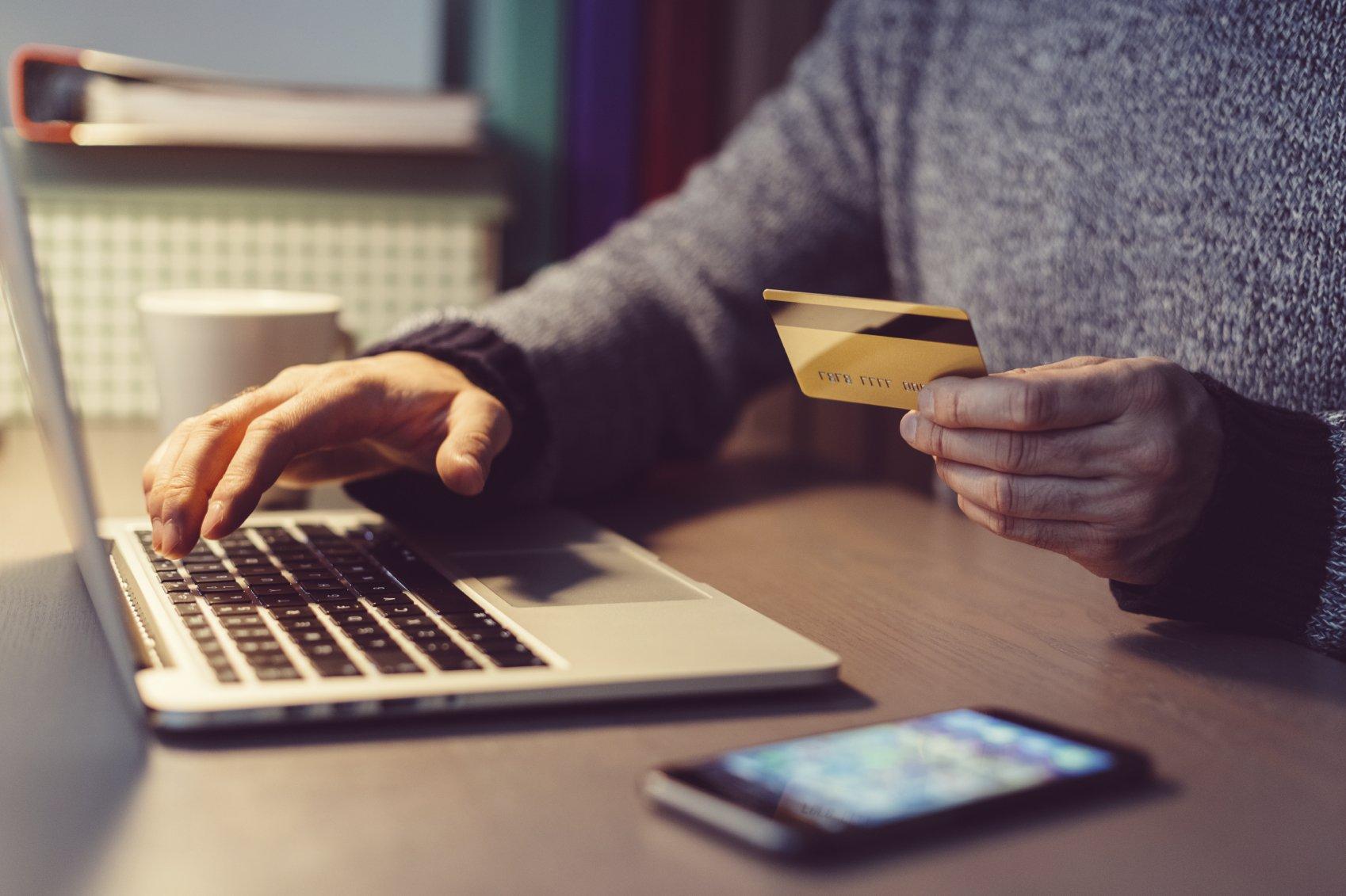 мошенники оформляют онлайн займы